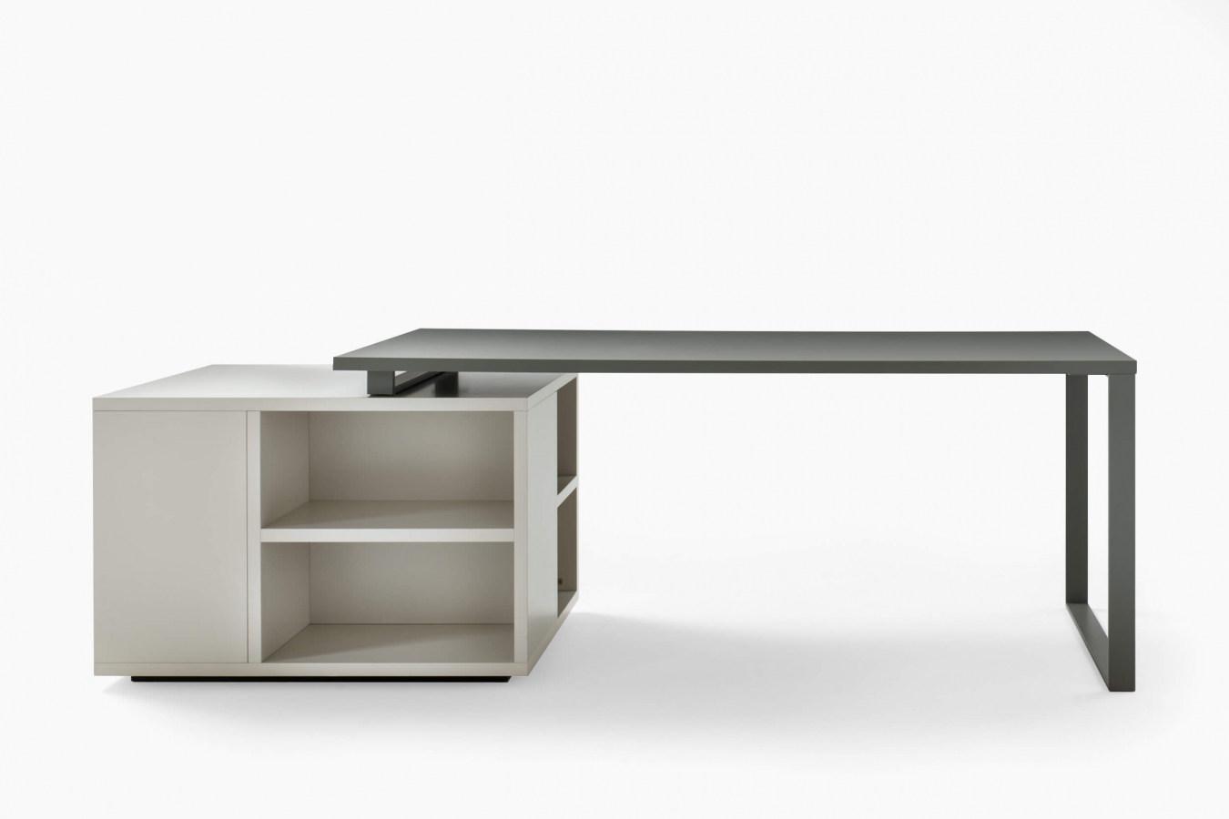 Desks and console tables Isola