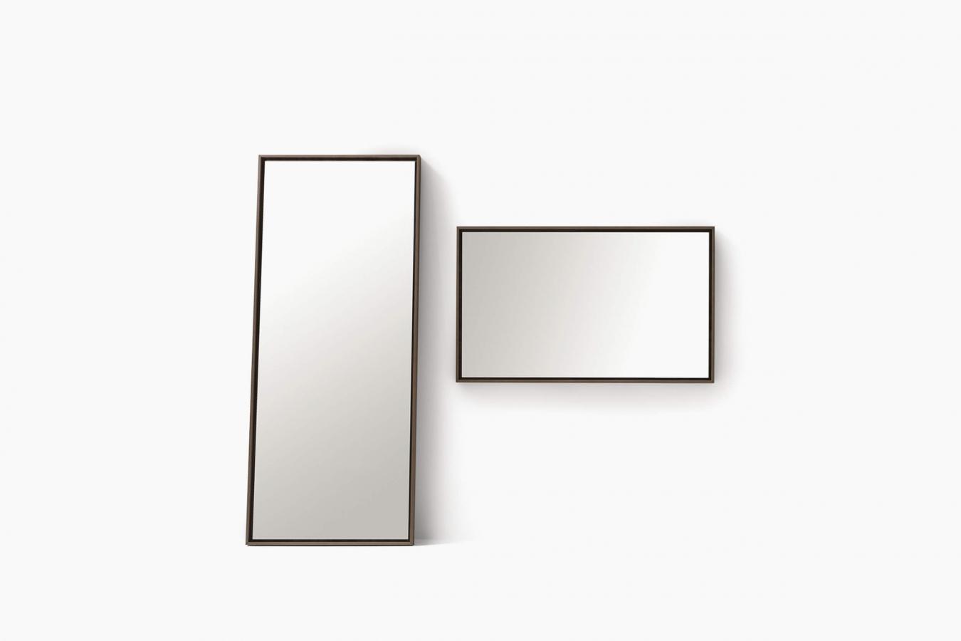 Mirrors Odette